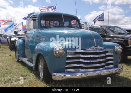 1950 Chevrolet 3100 Pickup en White Waltham Retro Festival 2013