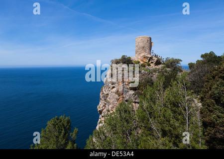 Torre de Ses Animes Tower o torre des Verger, Atalaya, cerca de Banyalbufar, Mallorca, Islas Baleares, España