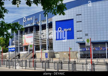 O2 World en campo en camilla, Hamburgo, Alemania, Europa, O2 World de Bahrenfeld, Deutschland, Europa Foto de stock
