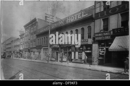 Escenas Callejeras mostrando billete de ferrocarril oficinas broker en Market Street en San Luis. 283612