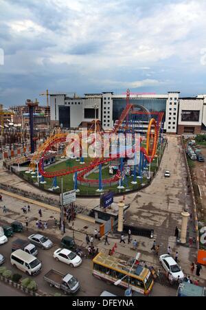 Dhaka, Bangladesh. 03 Oct, 2013. . Futuro Jamuna Park, el mayor centro comercial y de ocio de Asia y la tercera más grande del mundo. Esta es también la12th centro comercial más grande del mundo, con una superficie bruta alquilable de 4,1 millones de metros cuadrados y una superficie total de 5,45 millones de metros cuadrados.