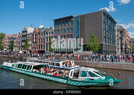 Museo de Anne Frank ( izquierda ) antigua casa de Prinsengracht 263-265 Amsterdam Países Bajos ( museo dedicado a la diarista de guerra judía )