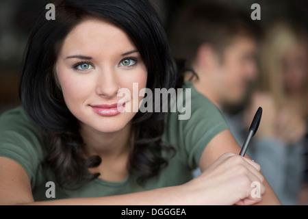 Close Up retrato de adolescente Coffee House
