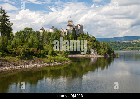 Dunajec Avance medieval Castillo de Niedzica , Polonia