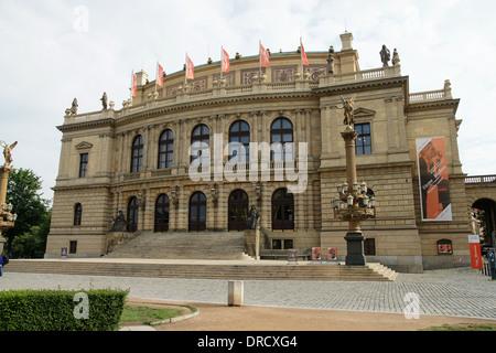 República Checa. Praga. El Rudolfinum. Diseñado en el estilo neo-renacentista por Josef Zítek (1832-1909) y Josef Schulz, 1885.