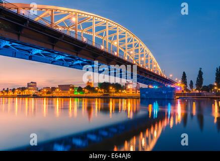 John John Frostbrug Frost Bridge (en holandés) es la carretera puente sobre el Bajo Rhin en Arnhem, en los Países Bajos.