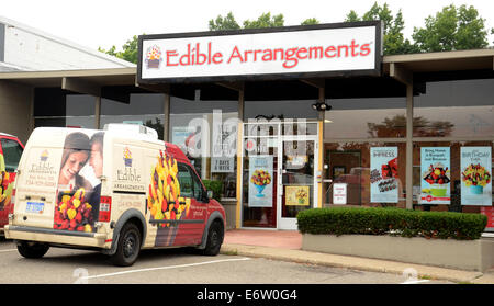 ANN ARBOR, MI - Agosto 24: Arreglos comestibles este almacén de Ann Arbor es mostrado el 24 de agosto de 2014.