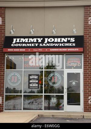 ANN ARBOR, MI - Agosto 24: Jimmy John's East Ann Arbor store es mostrado el 24 de agosto de 2014.