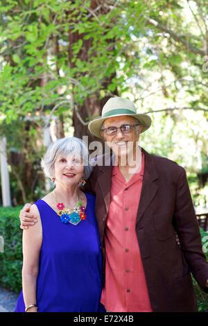 Retrato de pareja de ancianos