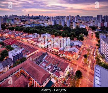 Singapur, perfil de la ciudad al atardecer