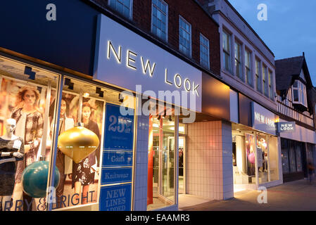 Nuevo look tienda en el centro de la ciudad de Chester UK Foto de stock