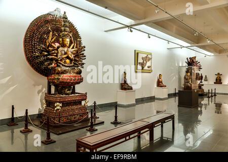 Mil armados y Mil-eyed Avalokiteshvara, Museo de Bellas Artes de Vietnam, Hanoi, Vietnam
