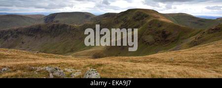 Vistas a la cumbre de Peña Riggindale cayó, Lake District National Park, Condado de Cumbria, Inglaterra, Reino Unido. Crag Riggindale cayó