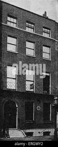 El lugar de nacimiento de John Ruskin, Hunter Street, Brunswick Square, Londres. JR: Victoriano, artista, poeta Foto de stock
