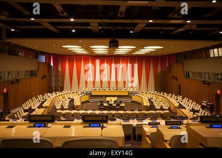 Nueva York - 27 de mayo de 2015: La sala del Consejo Económico y Social de las Naciones Unidas. La sede de las Naciones Unidas, Nueva York
