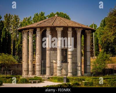El Templo de Hércules Víctor o Hércules Olivarius. Roma, Italia.