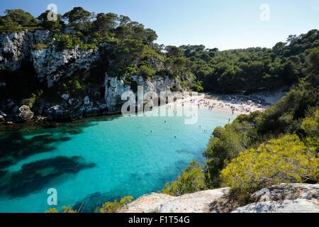 Cala Macarelleta, cerca de Cala Galdana, al sur de la costa oeste de Menorca, Islas Baleares, Mediterráneo, Europa