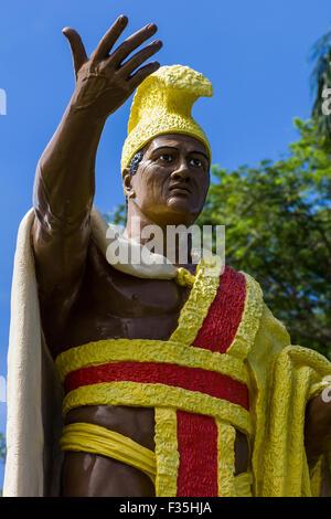 El rey Kamehameha nació en Kohala en la Isla Grande de Hawaii en el año 1758 el Cometa Halley hizo una aparición.