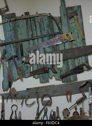 Colección de herramientas de carpintería