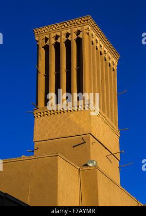 Las torres de viento utilizados como un sistema de refrigeración natural en la arquitectura tradicional Iraní, la provincia de Yazd, en Yazd, Irán