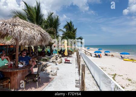 Florida FL South Vero Beach North Hutchinson Orchid Island Mulligan's Beach House restaurante restaurantes comida cena comer fuera café informal