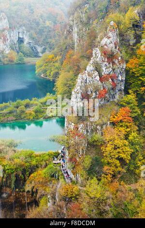 Parque Nacional de los Lagos de Plitvice, otoño paisajes, Croacia, la UNESCO