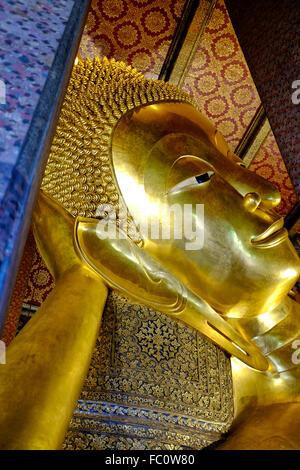 El Buda Reclinado de Wat Pho, Bangkok, Tailandia