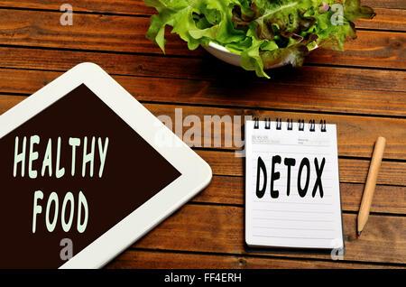 Alimentos saludables palabras sobre la tableta digital
