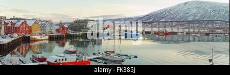 Puerto de Tromso en Tromsø, Municipio, Noruega. Octubre 24,2013