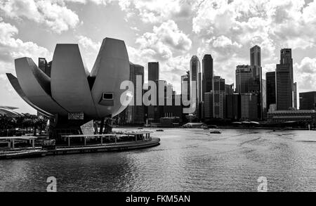 Museo ArtScience visto desde el puente de Helix, Singapur