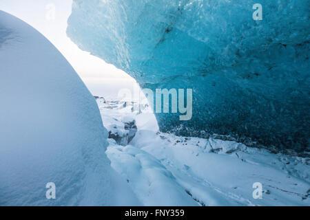La cueva de hielo, Entrada, Parque Nacional, el glaciar de Vatnajökull, Islandia