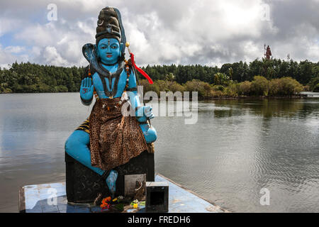 Estatua de Shiva, el dios Hindú, cráter sagrado, Grand Bassin, o Ganga Talao, Mauricio