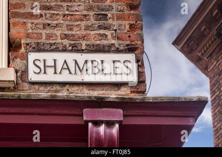Signo de la calle Shambles, York, North Yorkshire, Inglaterra, Reino Unido.