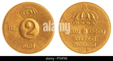 2 moneda de bronce 1967 mineral aislado sobre fondo blanco, Suecia
