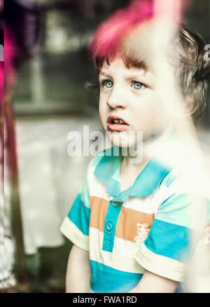 un niño pequeño