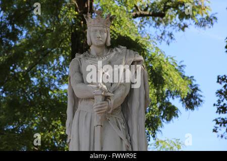 La estatua de Saint Louis o Luis IX (1214-1270). El rey de Francia. Vincennes. Francia. Por el escultor A. Mony, 1906.