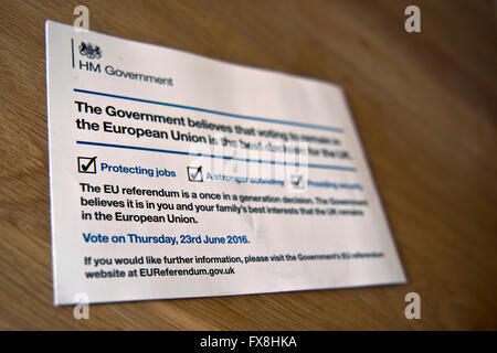 El polémico folleto publicado por el gobierno que utiliza dinero de los contribuyentes para persuadir al público británico a votar para permanecer en la UE.