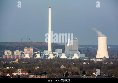 STEAG carbón powered power plant en Herne, Alemania, Hoheward montón en la espalda,