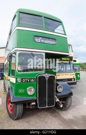 Vintage autobuses. Una antigua AEC Regent III double decker bus en el transporte de Nottingham Heritage Centre, Ruddington, Nottinghamshire, Inglaterra, Reino Unido.