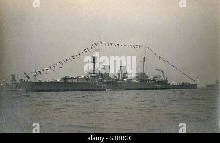 HMS Frobisher, British HEAVY CRUISER (armada), Hawkins clase. Fecha: circa 1930 Foto de stock