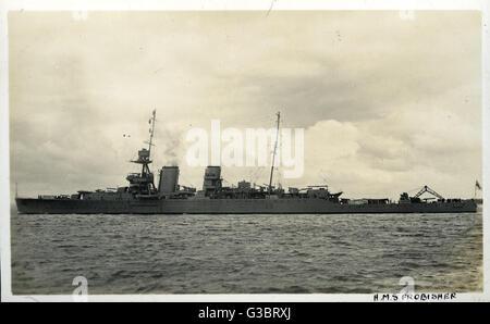 HMS Frobisher (D81), British Hawkins clase HEAVY CRUISER. Fecha: circa 1920 Foto de stock