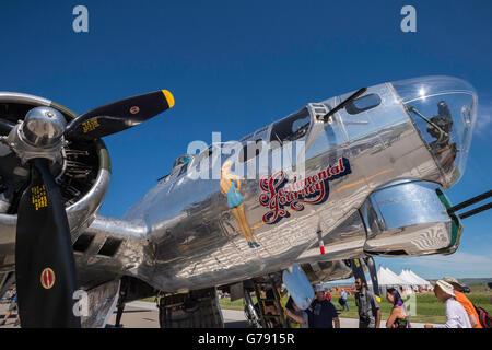 Viaje sentimental, B-17G Flying Fortress bombardero, Alas sobre Springbank, Springbank Airshow, Alberta, Canadá