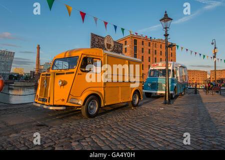 Vintage Citroën alimentos Van Commer Helado Van Albert Dock Liverpool UK