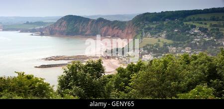 Reino Unido, Inglaterra, Devon, en Sidmouth, niveles elevados de vista panorámica desde la colina en Salcombe