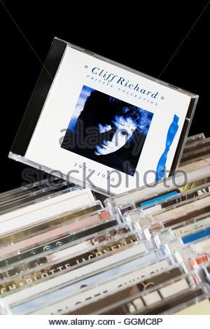 Colección privada, 1979-1988 Cliff Richard CD Album sacó de entre las filas de otros CD'S