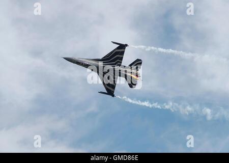 General Dynamics (Lockheed Martin) F-16A combates Falcon Jet de combate de la Fuerza Aérea Belga muestra en el RIAT 2016