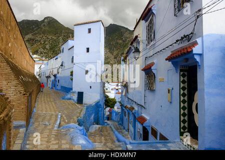 Las calles y callejones de la medina de Chefchaouen, Marruecos