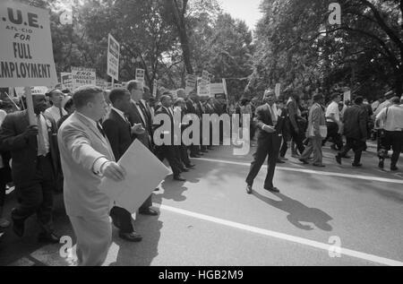 Agosto 28, 1963 - Martin Luther King con dirigentes en la Marcha en Washington.