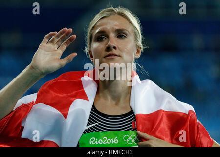 Río de Janeiro, Brasil. 13 de agosto de 2016. Brianne Theisen Eaton (CAN) gana la medalla de bronce en el Heptathlon en los Juegos Olímpicos de Verano de 2016. ©Paul J.