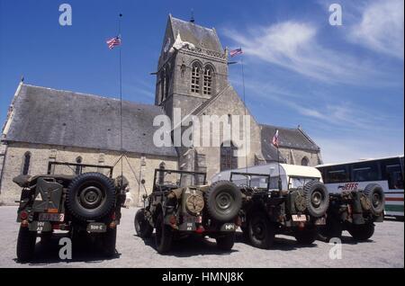 - Normandy, sitios de desembarco aliado de junio de 1944, el Santo mera Eglise square - Normandia, i luoghi degli Foto de stock